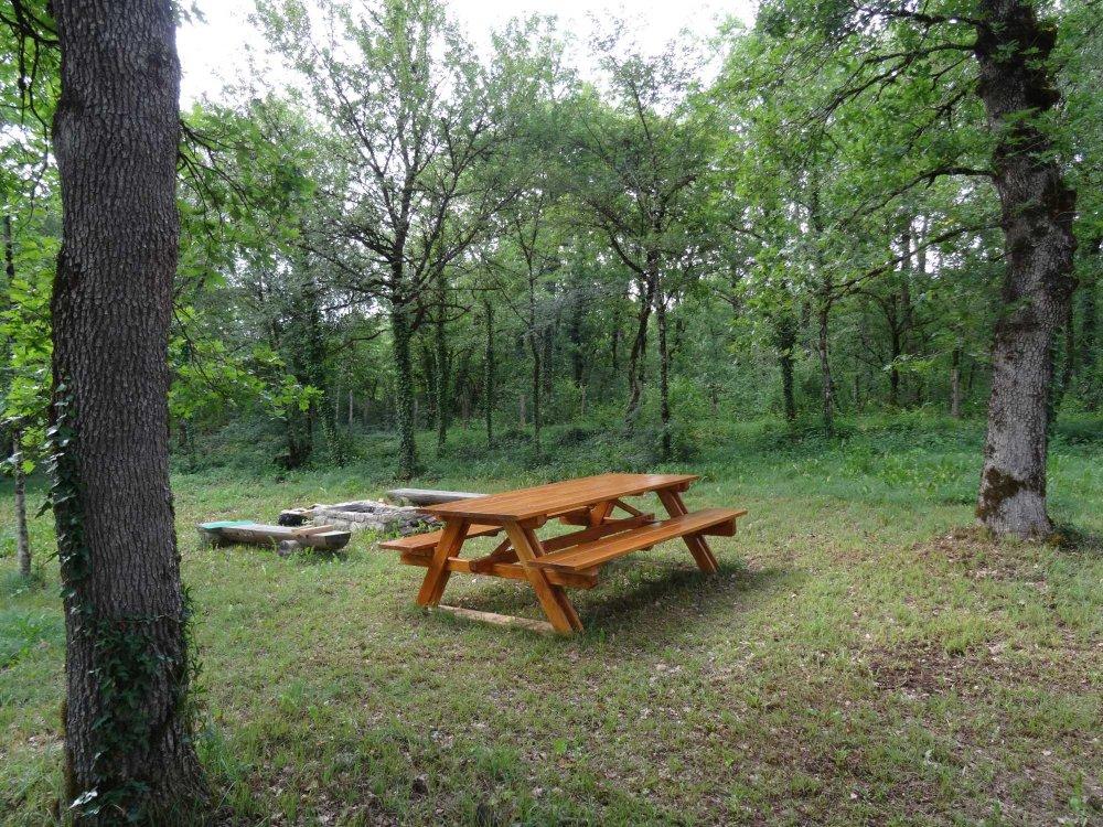 Aire camping-car à Cavagnac (46110) - Photo 7